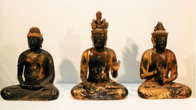 大谷寺仏像三体